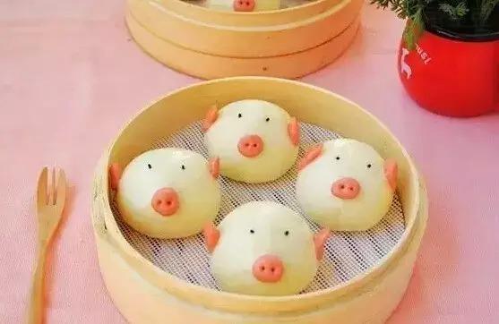 主食馒头,做成了可爱的小猪形状